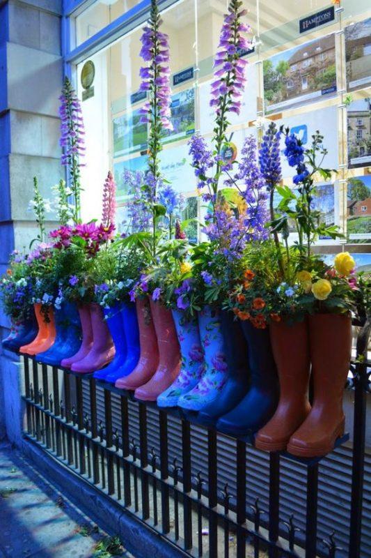 мерчендайзер магазина цветы
